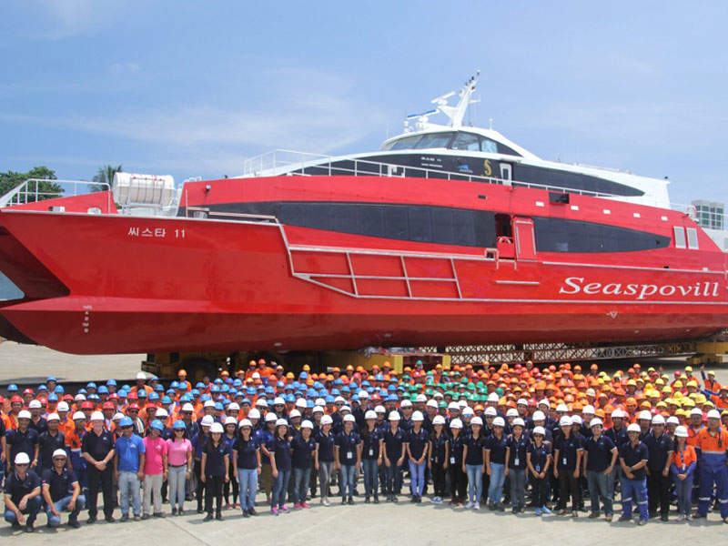 The truck and excavator/loader method will continue to be used at the New Acland mine.