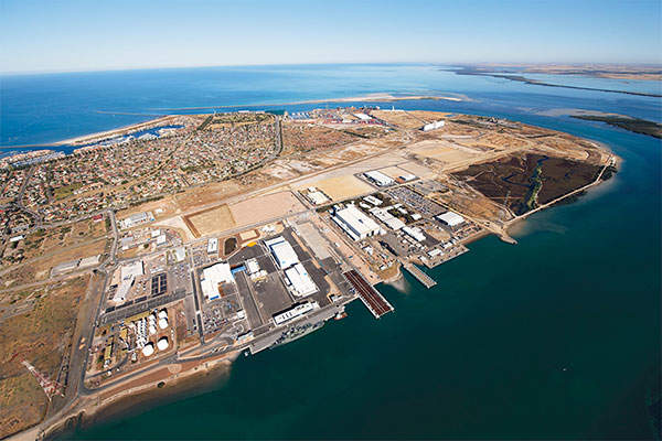 Tanjianshan mine is located in the Qinghai province of China. Image courtesy of TUBS.