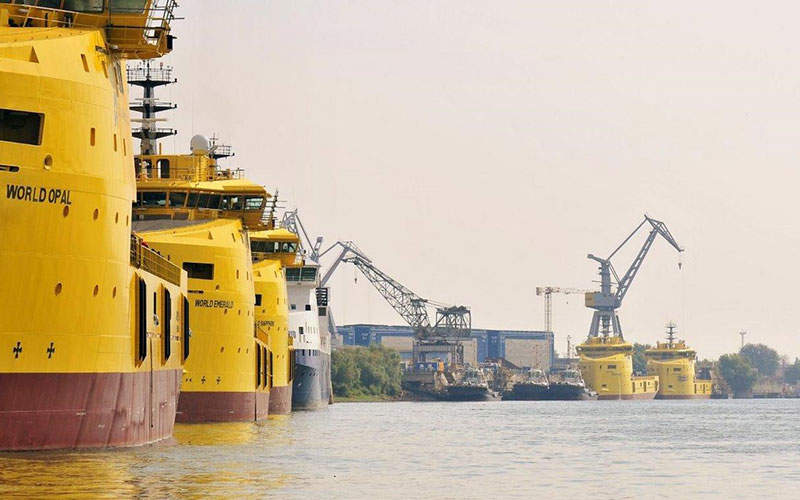 Rio Tinto will use the existing mine fleet of front-end loaders and 180t dump trucks at the East Weipa site for the Amrun Bauxite Project. Image: Copyright © 2014 Rio Tinto.