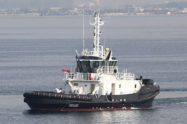 The completely automated recovery plant at Orapa treats the diamond-containing ore.
