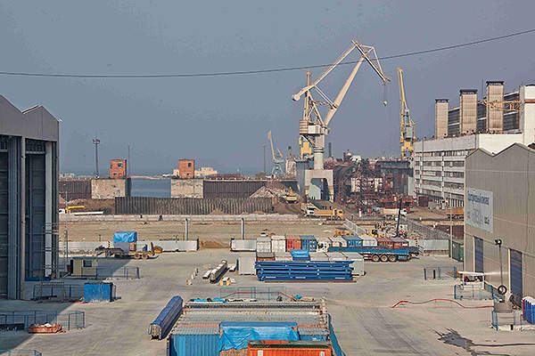 Dvoinoye mine is expected to produce up to 300,000 ounces of gold per annum.