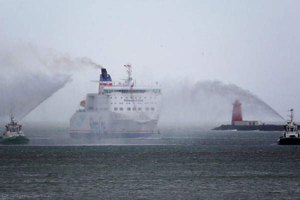 The iron ore concentrate produced will be barged and shipped from Banda via the Niger River to the Gulf of Guinea.