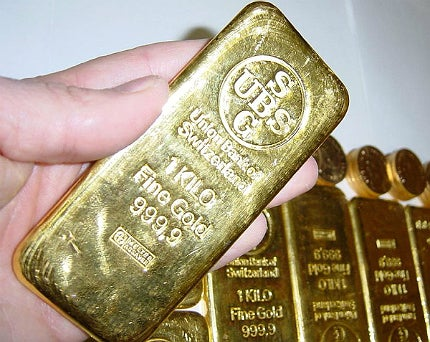 Landmark report creates debate on gold's economic impact