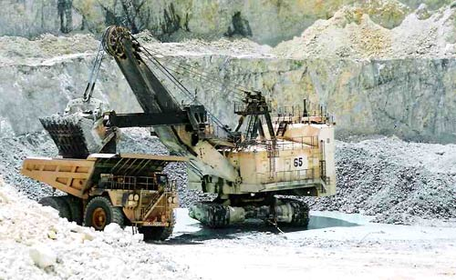 Caterpillar selects Seeing Machines for eye-tracking technology to monitor mining vehicles
