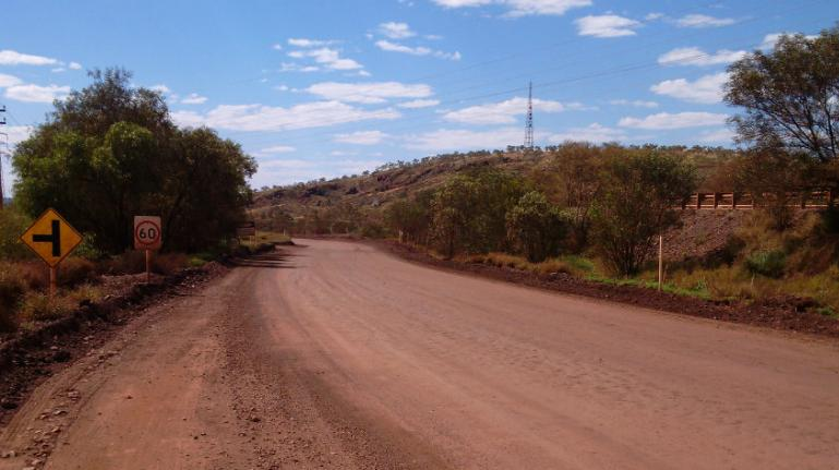 Western australia road after dustmag